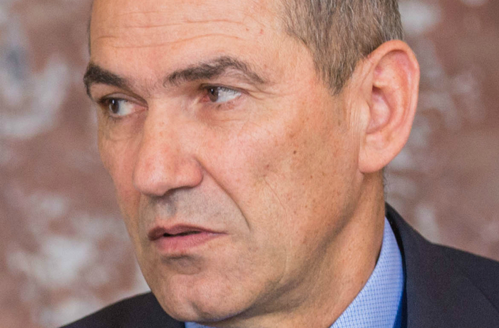 Janez Janša ledare för SDS stod som vinnare i helgens val i Slovenien.