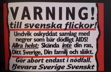 Ett vanligt förekommande klistermärke från Bevara Sverige Svenskt (BSS).
