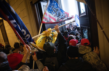USA:s parlament, Kapitolium i Washington DC, stormas av Trump-anhängare