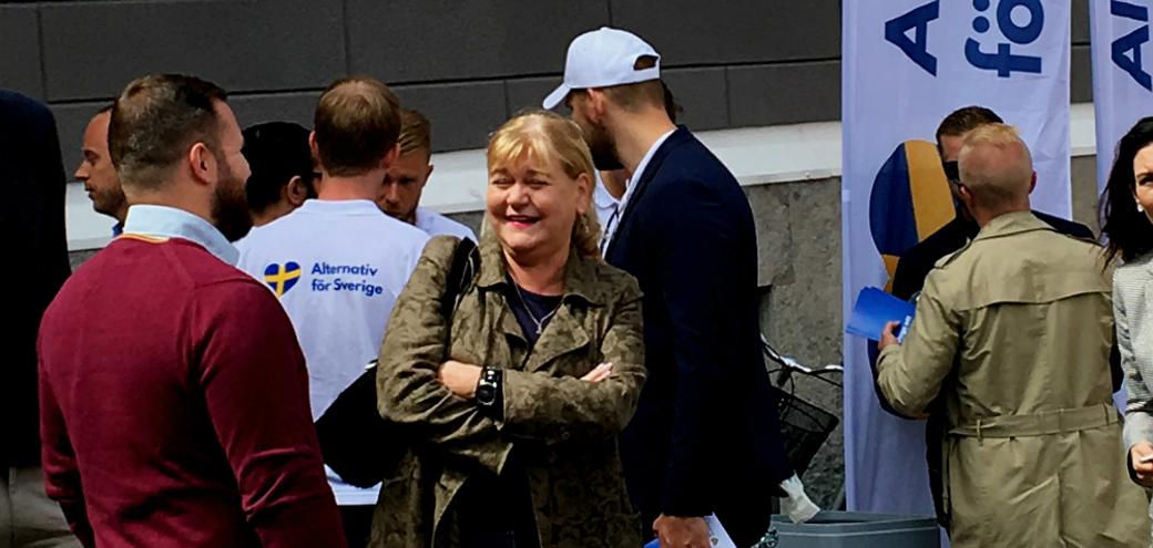 Ingrid Carlqvist, vice ordförande i det fria Sverige, besökte under måndagen Alternativ för Sveriges torgmöte i Almedalen.
