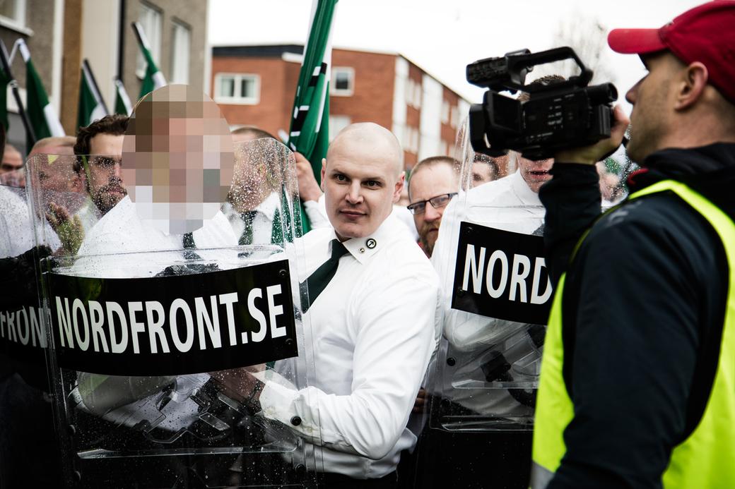 Nordiska motståndsrörelsen demonstrerar i Borlänge 2016