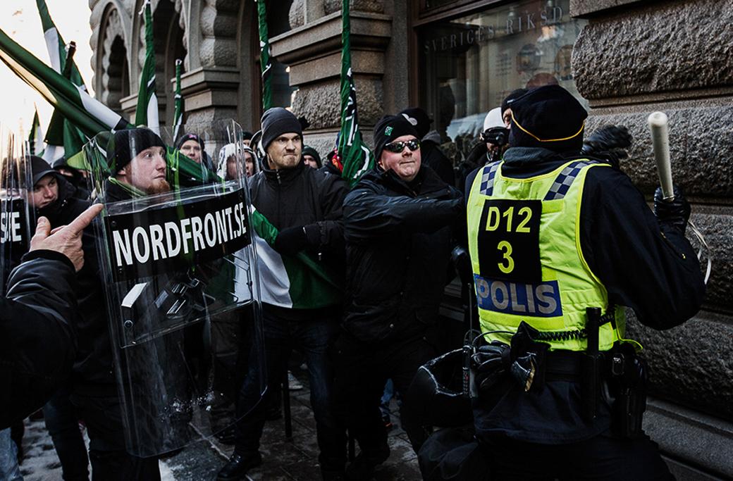 Nordiska motståndsrörelsen demonstrerar i Stockholm