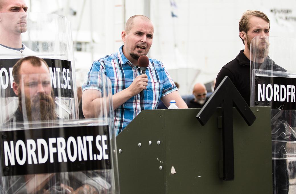 Nordiska motståndsrörelsens ledare Simon Lindberg under Almedalsveckan 2017.